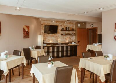 Hotel Aviva Frühstücksraum